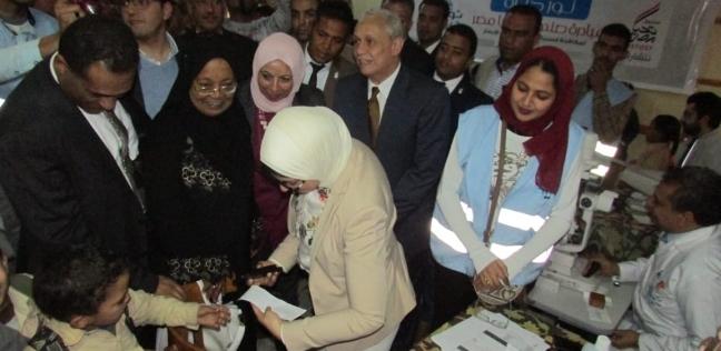 وزيرة الصحة تختتم زيارتها للأقصر بافتتاح وحدة صحية