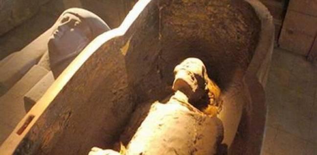 """""""اللطم في الجنازات"""".. عادة فرعونية توارثتها الأجيال"""