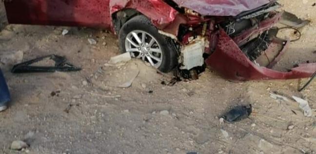 مصرع شخص وإصابة 2 في انقلاب سيارة بطريق العين السخنة