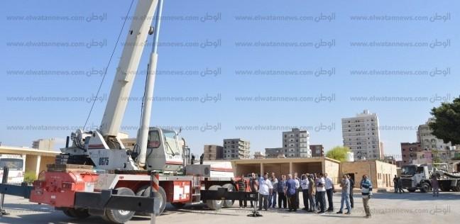 محافظ مطروح يشهد تجربة عملية لأحدث سيارة لكسح مياه الأمطار في مصر
