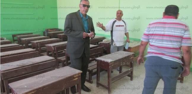 بالصور  رئيس مدينة أبو رديس يتابع استعدادات المدارس لاستقبال الطلاب