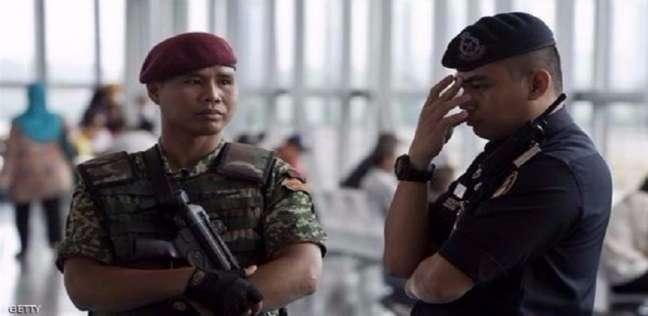 الشرطة الماليزية توجه 21 تهمة لرئيس الوزراء السابق نجيب عبدالرزاق