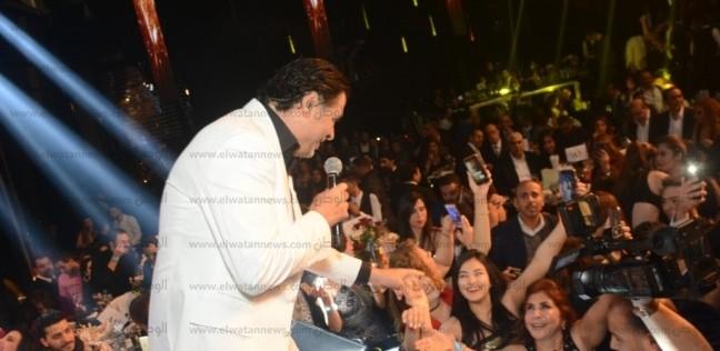 بالصور  راغب علامة يحيي حفلا غنائيا احتفالا بالكريسماس في القاهرة