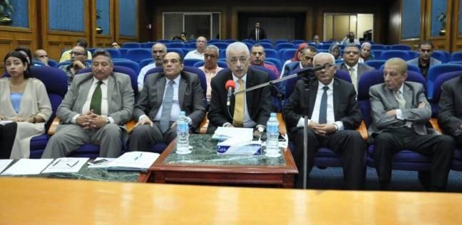 وزير التعليم يناقش الخطط الاستثمارية مع المديريات عبر الفيديو كونفرانس