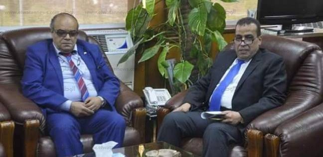 الدكتور عاطف أبوالنور قائما بأعمال رئاسة جامعة قناة السويس