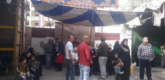 نائب بولاق الدكرور يتفقد اللجان الانتخابية بالدائرة