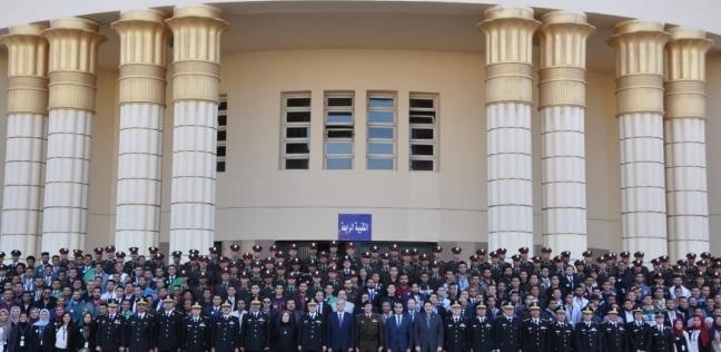 طلاب المنيا يشاركون زملائهم بالشرطة في منتدى شباب الجامعات المصرية