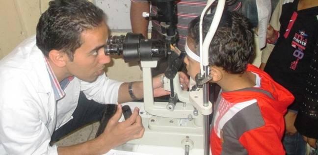 """""""الخدمات الطبية"""" يوقع الكشف على 105 مواطنين بالجيزة والإسكندرية"""