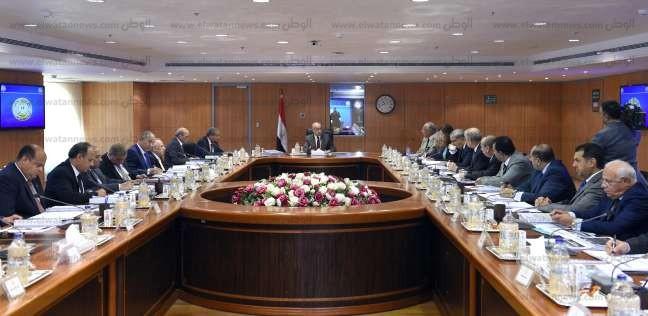 وزراء يستعرضون خطط توفير احتياجات المواطنين أمام مجلس المحافظين
