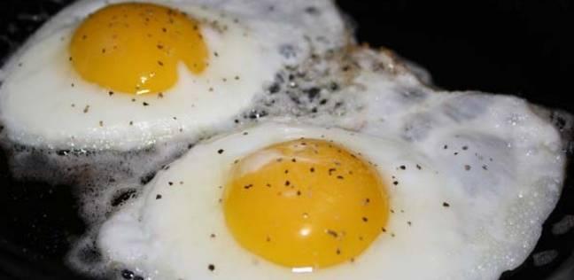 طهي البيض تحت أشعة الشمس