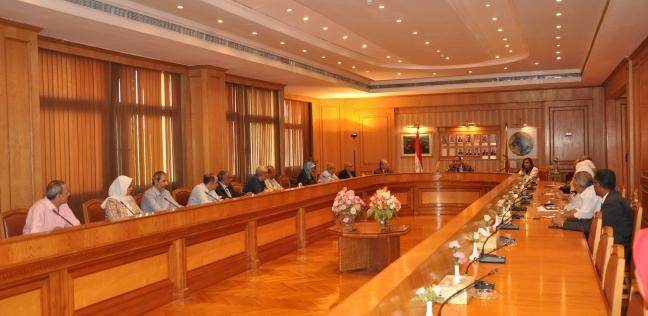 """""""سنتر يور"""" توصي بمنح جامعة حلوان """"الأيزو"""" في جودة النظم الإدارية"""