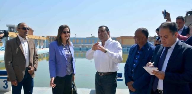 وزيرة التخطيط تتفقد حمام السباحة الأوليمبي في الأقصر.. مساحته 5700 متر