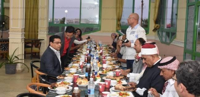 """""""الوفد"""" بطور سيناء ينظم إفطارا جماعيا لعدد من الشخصيات العامة"""
