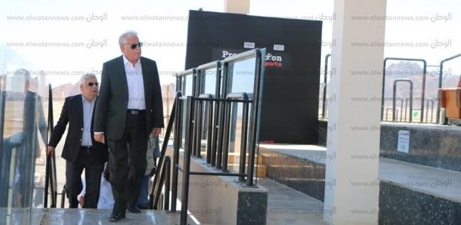 المحافظات   فودة يتابع أعمال تخزين محتويات  مضمار الهجن  في شرم الشيخ