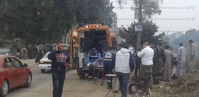 مصرع شخصين وإصابة 12 في انقلاب سيارة جنوب الأقصر