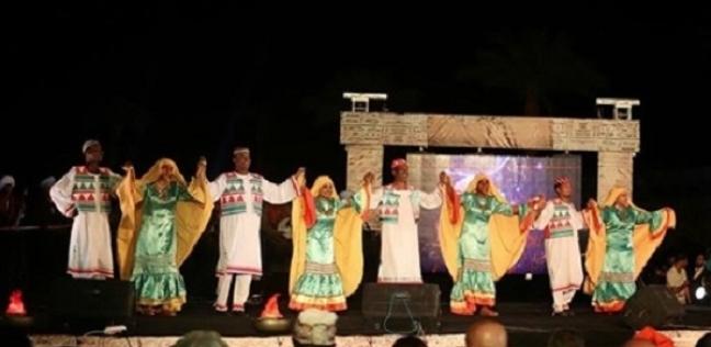 «الوطن» مع أبطال العروض الفنية فى ملتقى أسوان