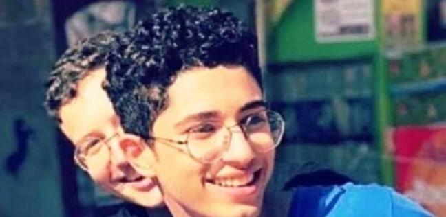 الدماء تسيل منه .. 3 مشاهد رصدتها كاميرات المراقبة لمقتل محمود البنا - حوادث -