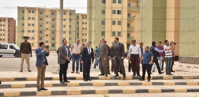 """""""نور الدين"""" يتفقد وحدات الإسكان الاجتماعي بأسيوط الجديدة"""