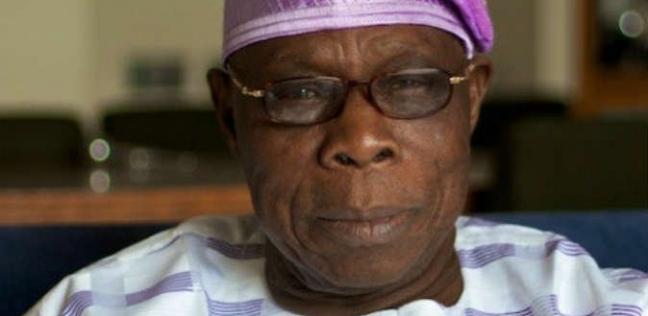 لمحات من تاريخ رئيس نيجيريا.. قائد مكافحة الفساد في أفريقيا