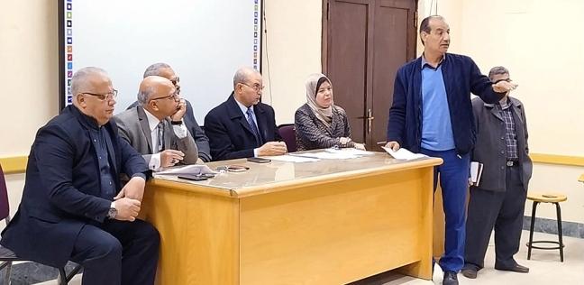 """مصدر: """"تعليم بورسعيد"""" تسلم 5682 تابلت للإدارات وحفظها في مخازن سرية"""