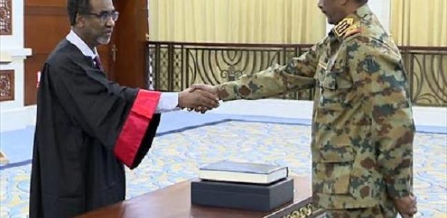 مجلس السيادة السوداني يناقش الفراغ الإداري والدستوري بعد اكتمال تشكيله