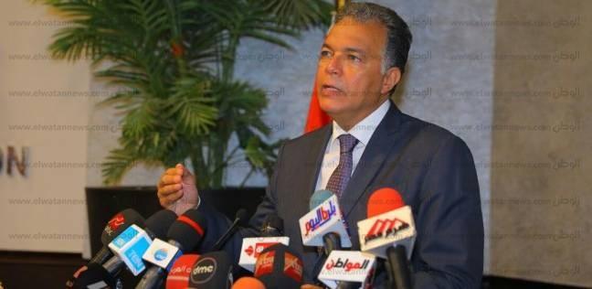وزير النقل: حل أزمة حوادث الطرق على رأس أولويات السيسي
