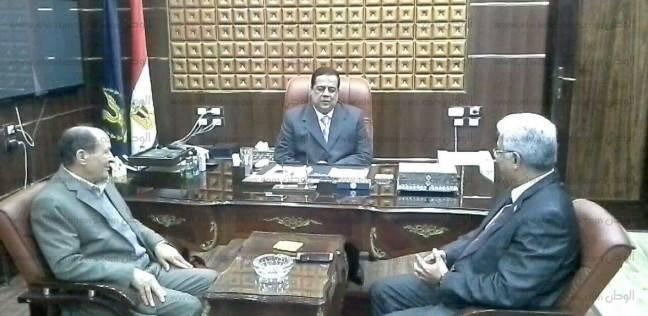بالصور| وفد من إدارة شرق كفر الشيخ التعليمية يهنئ قيادات الأمن بعيد الشرطة