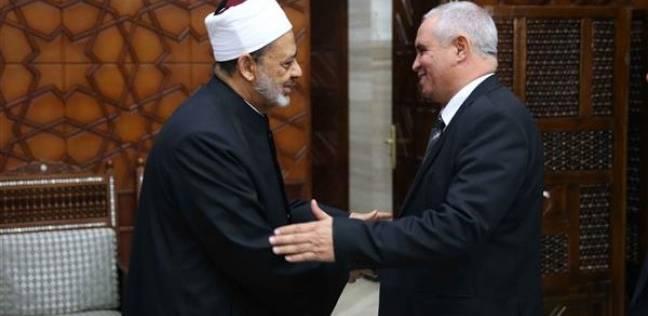 الطيب: دعم ليبيا واجب على الأزهر الشريف