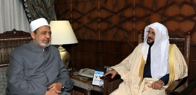 شيخ الأزهر يستقبل وزير الشؤون الإسلامية والدعوة السعودي