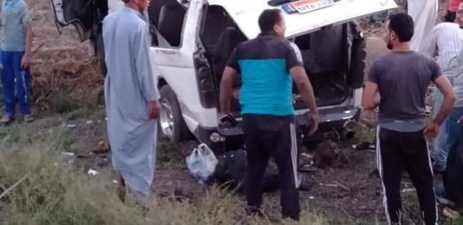 إصابة 14شخصاً إثر انقلاب سيارة ميكروباص بكفر الشيخ