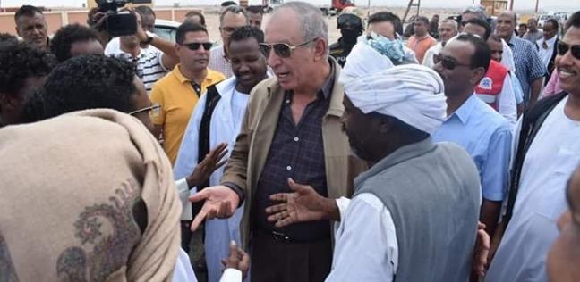 محافظ البحر الأحمر يطالب بافتتاح مقر تأمين صحي في الشلاتين