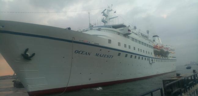 """ميناء غرب بورسعيد يستقبل 9431 رأس ماشية على متن سفينة """"ZEIN 1"""""""