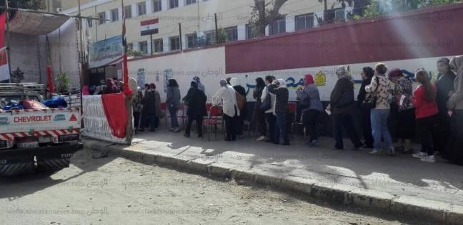 """""""دعم مصر"""" بالغربية يخصص أتوبيسات لنقل الناخبين للجان الانتخابات"""