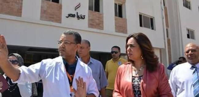 بالصور| محافظ دمياط في جولة مفاجئة لمستشفى طوارئ كفر سعد