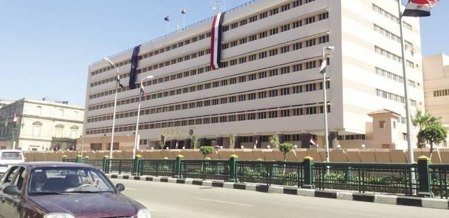 مصدر أمني: إيقاف 10 ضباط وأفراد شرطة على خلفية اقتحام قسم السلام ثان