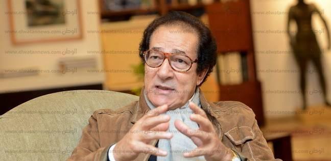 """فاروق حسني: """"مبارك عمره ما فكر يدي رئيس قطعة آثار هدية"""""""