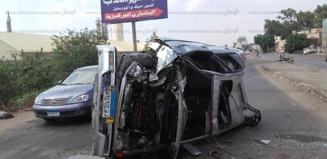 """إصابة 6 أشخاص من عائلة واحدة إثر انقلاب سيارة بطريق """"مطروح - إسكندرية"""""""