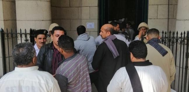 استمرار توافد المشاركين في الاستفتاء على الدستور بمحطة الجيزة