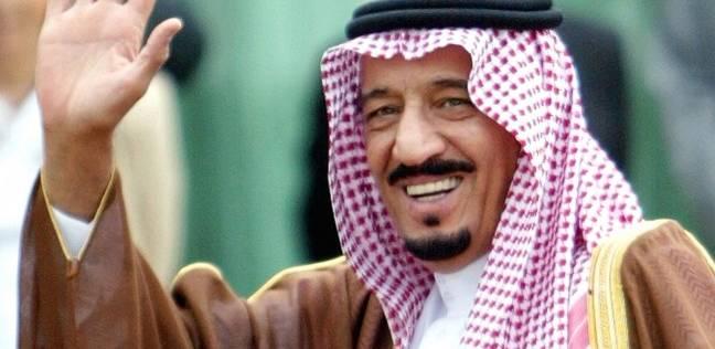 العاهل السعودي يضع حجر الأساس لمدينة ترفيهية غرب الرياض