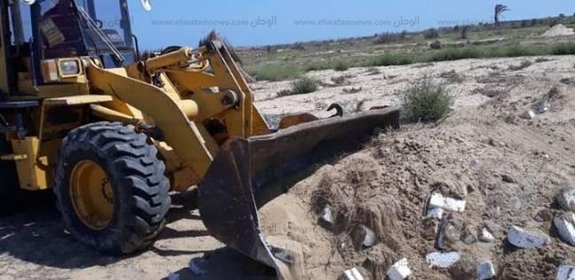 بالصور  حملة لإزالة التعديات على الأراضي الزراعية في بلطيم