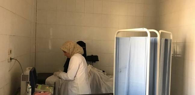 """""""صحة أسيوط"""" ومعهد الأورام ينظمان قوافل طبية لفحص المواطنين بالمجان"""