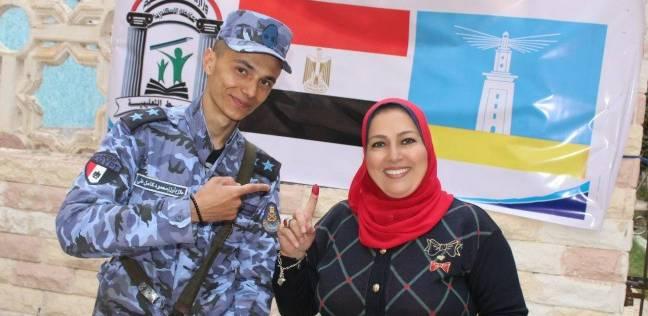 """وكيل """"تعليم الإسكندرية"""" تدلي بصوتها: حرصا على الاستقرار وأمن مصر"""