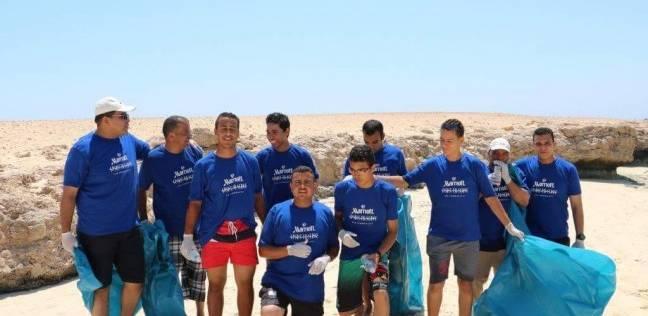 حملة نظافة لجزيرة الجفتون بالبحر الأحمر