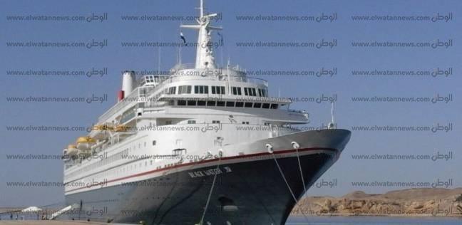 شحوط باخرة سياحية على متنها 100 ألماني بنهر النيل في المنيا