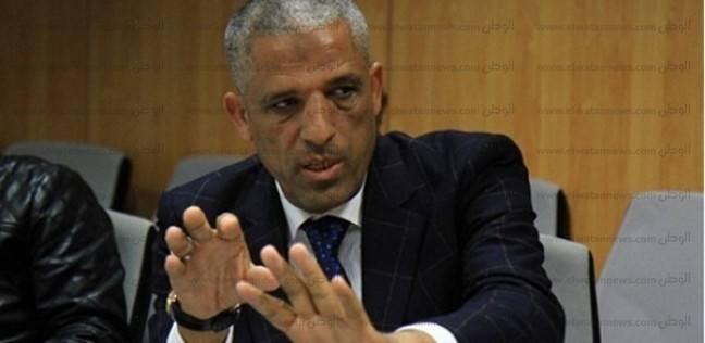 """""""الحسيني"""" يطالب بتسهيل إجراءات تراخيص المحال التجارية"""