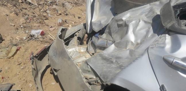 إصابة 11 شخصا في انقلاب سيارة ميكروباص على الطريق الزراعي بالبحيرة