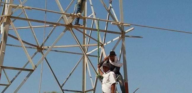 بعد انقطاع 4 أشهر: عودة الكهرباء لقرية الظهير بشمال سيناء