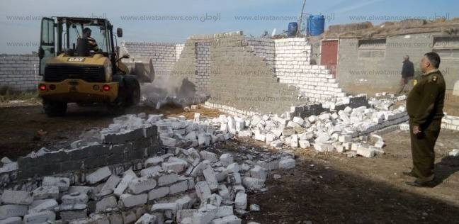 بالصور| إزالة 7 حالات تعد على الأراضى الزراعية في كفر الشيخ