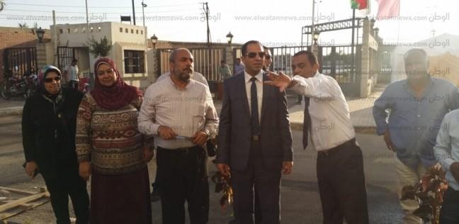 رئيس جامعة دمنهور يتابع تجهيزات استقبال وفد من الرقابة الإدارية