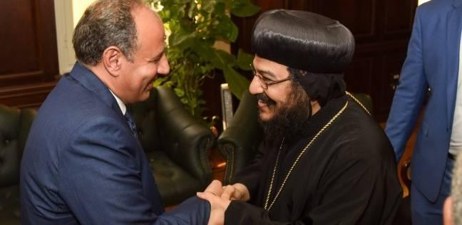 محافظ الإسكندرية يستقبل المهنئين بعيد الأضحى